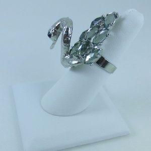 Jewelry - Beautiful silver tone Swan Ring